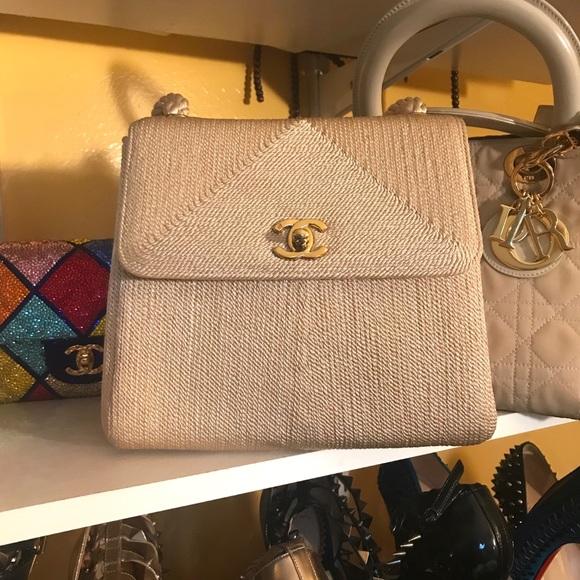 75af3c553e6b CHANEL Handbags - 100% Authentic Vintage Chanel Medium Flap Bag